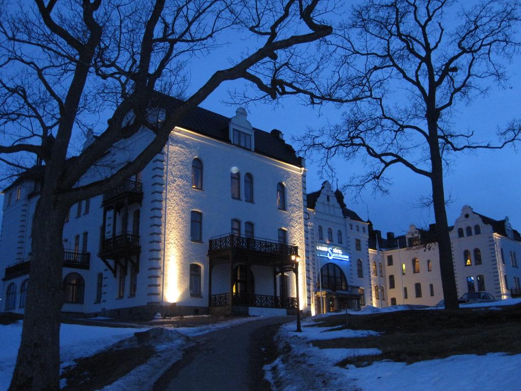Grand Hotel at night