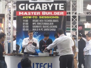 A computer building gameshow at CeBIT