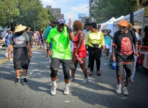 Dancing at Harlem Week