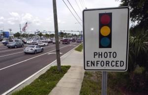 RedLightCamera-warning-sign