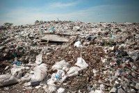 plastic-bags-in-land-fill