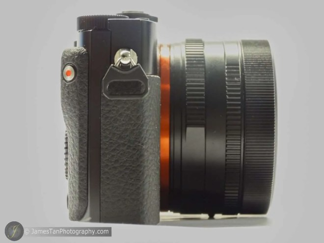 The Left View ofSony RX1R