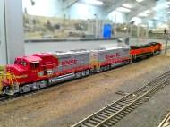 SF & BNSF GP60M