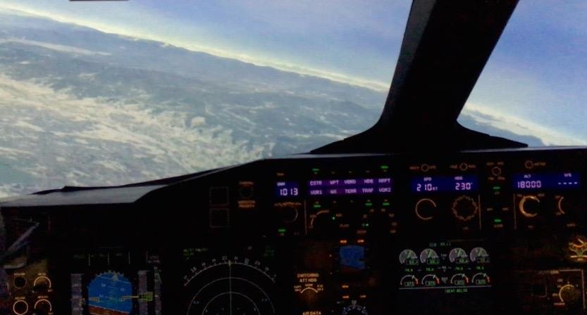 Flying the Thai Airways A380 Simulator