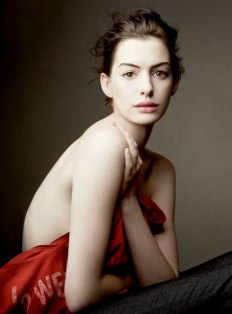 Anne Hathaway 2010