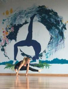 pregnant yogi Flex & flow yoga