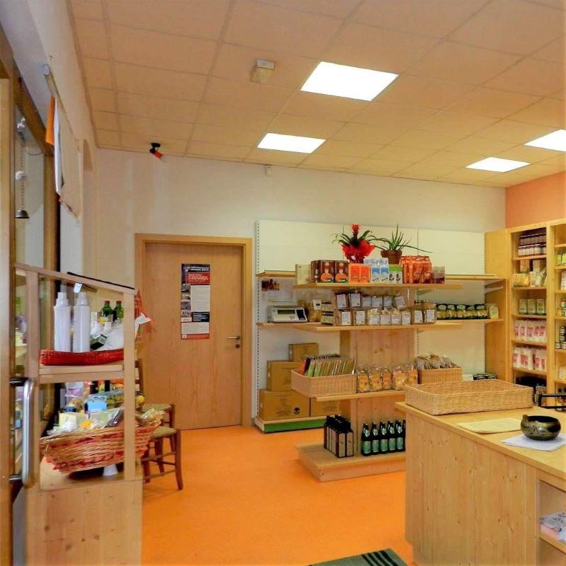 interno del negozio Bottega Bio di Pieve di Cadore - Belluno