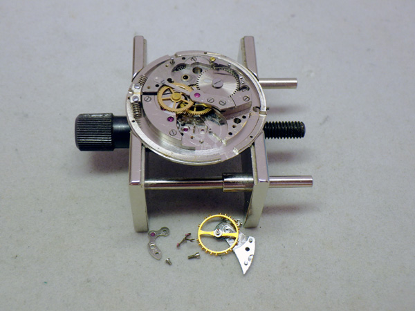 ユニバーサルジュネーブ ポールルーター 初期型 ハーフローター オーバーホール 分解修理