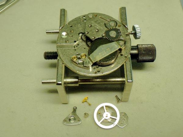 ブラッドレイ ミッキーマウス 手巻き センターセコンド オーバーホール分解修理
