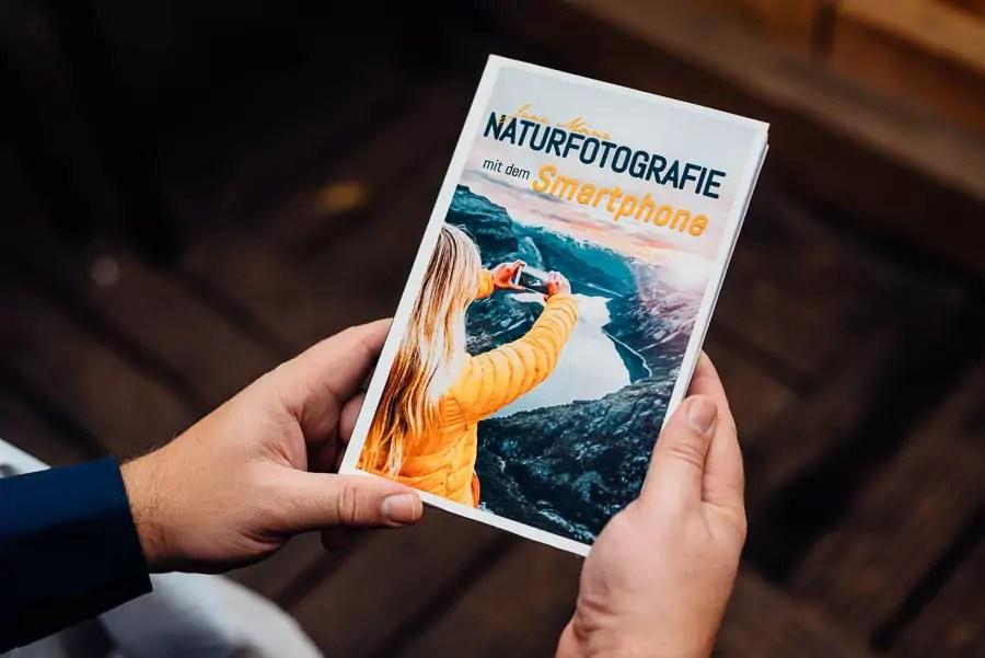 Naturfotografie mit dem Smartphone - das Buch mit jeder Menge kreativer Tipps und Tricks zum Thema Naturfotografie.