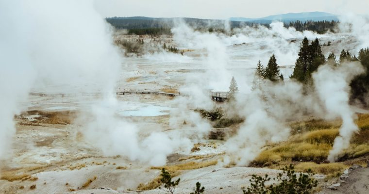 A Guide to Yellowstone National Park