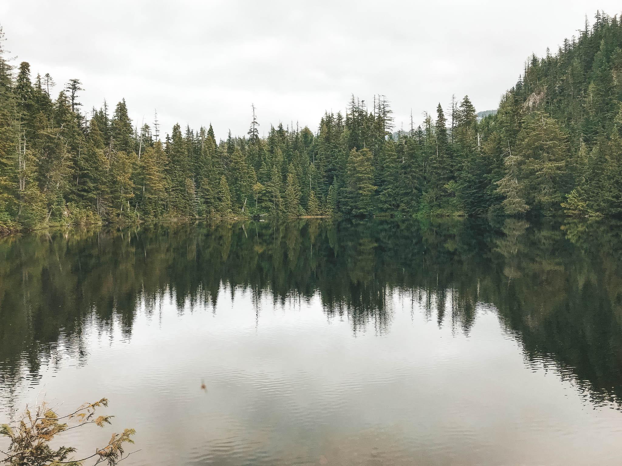 jana meerman petgill lake hike-1