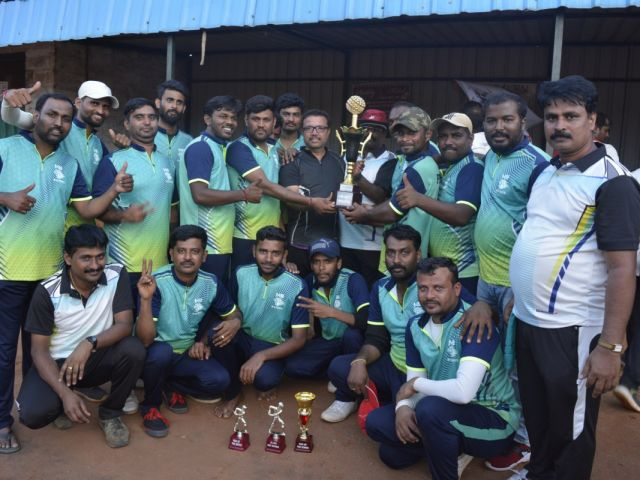 Janani Cricket Team