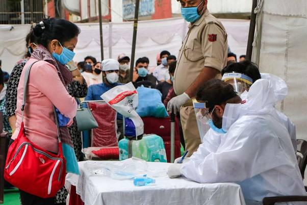 भारतमा एकै दिन २ लाख ६१ हजार काेराेना संक्रमित, १५०० को मृत्यु