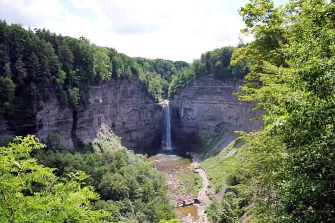 janavar.net | Travel: Taughannock Falls & Mecklenburg in the Middle of Upstate New York