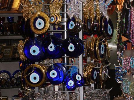 Privesci u obliku plavog oka - Key chains in the shape of a blue eye