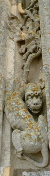 demons, chartres