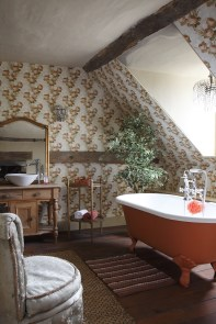 Vintage wallpaper attic bathroom