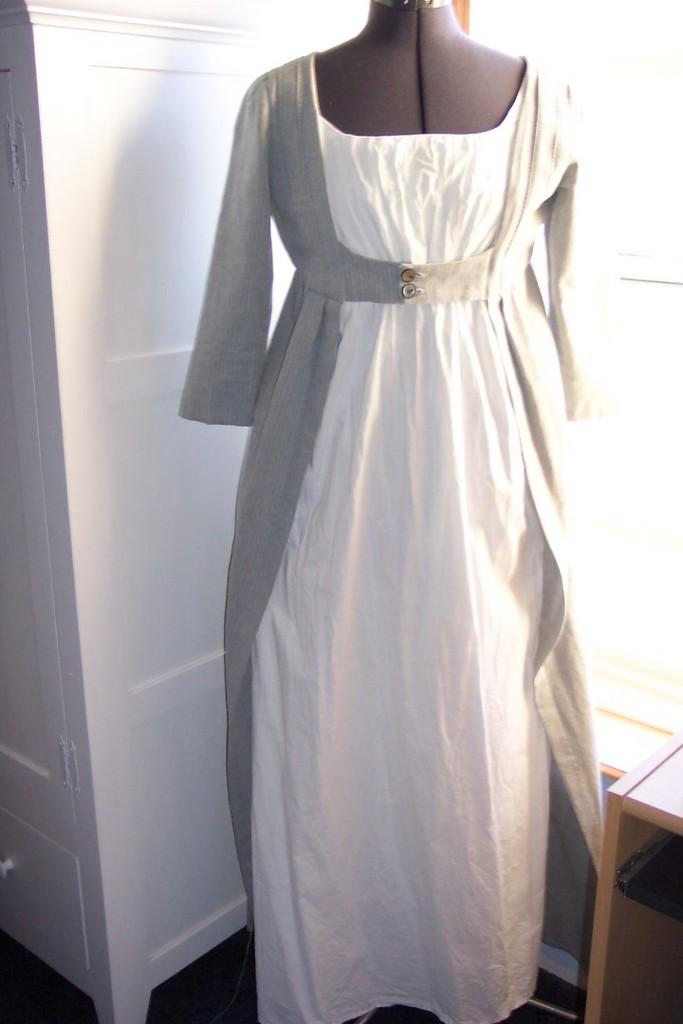 jane-bennet-housecoat-replica