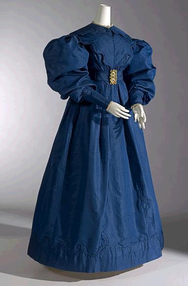 Carriage dress, silk gros de naples, 1830