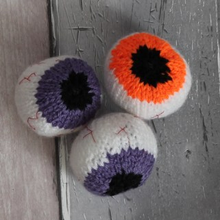 Knitted eye balls