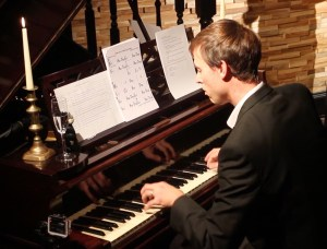 Rob Clunes on piano