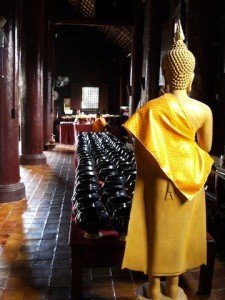 Chiang Mai wat and yellow buddha