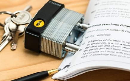 editorial control in contracts