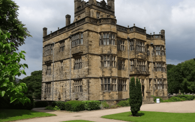 A Visit to Gawthorpe Hall and the Shuttleworth Collection