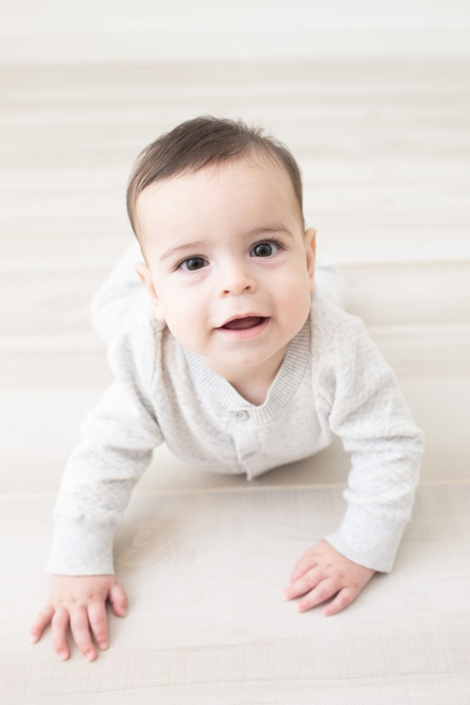 6 month boy studio shot, Amy Osborne Photography
