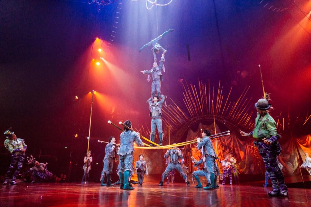 Cirque du Soleil Alegria stunt