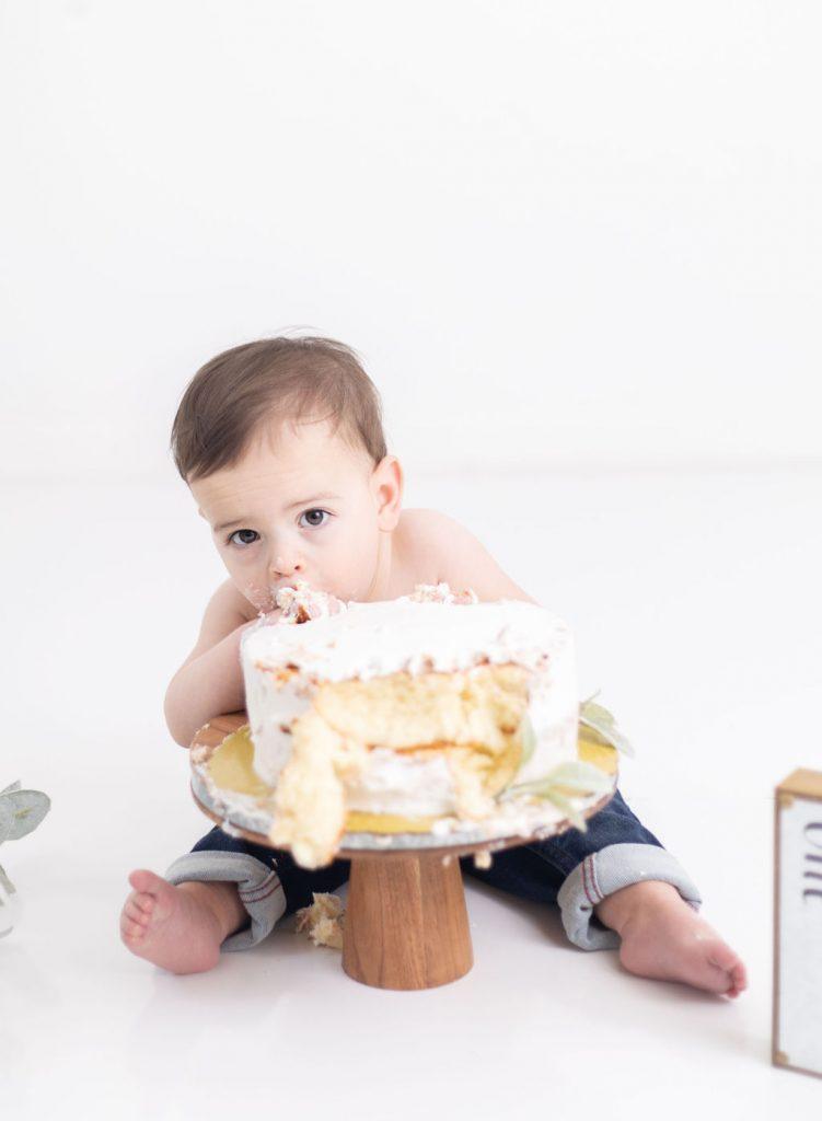 Cake smash with Kat E Photography