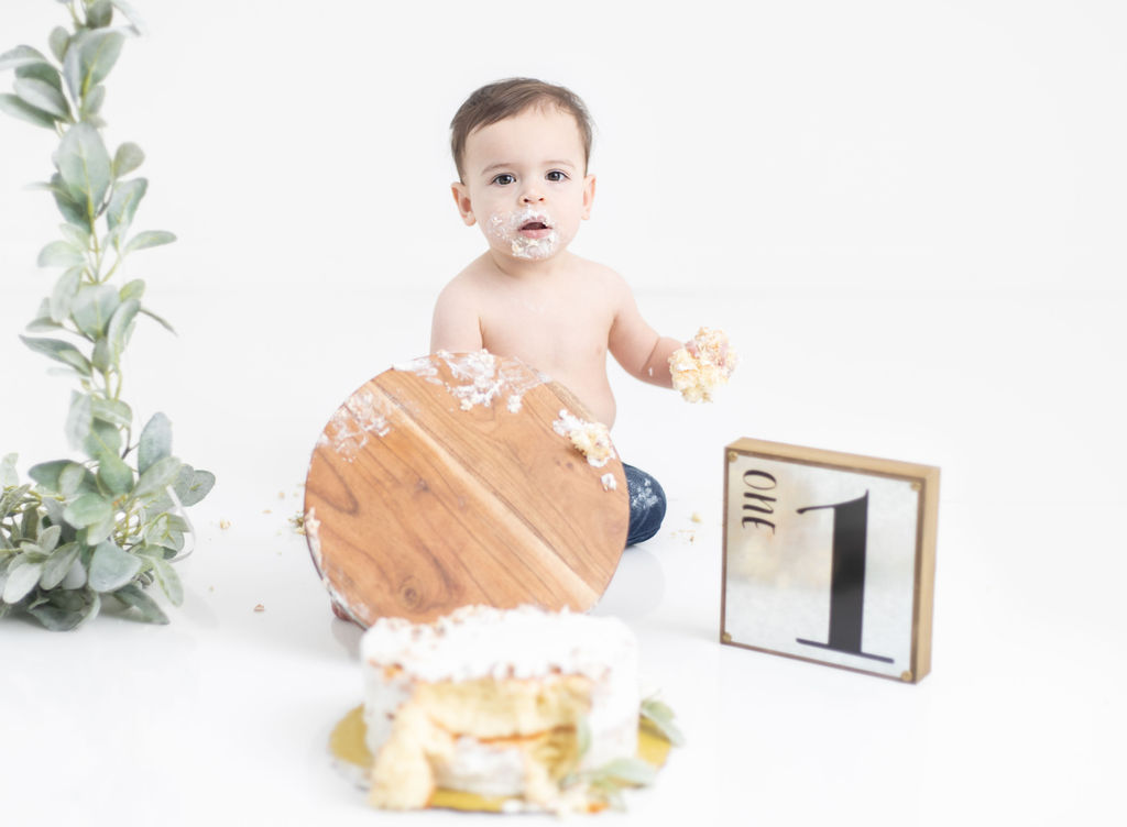 Cake smash baby boy Kat E Photography