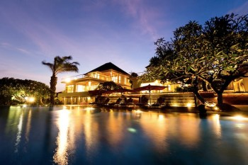 【峇里島Bali】住宿推薦:真正的私人Villa - Sanur 「海寓」,別墅含包車,難忘的好友旅行