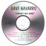 Trust No One French Advance Disc