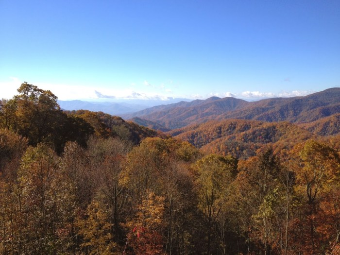 Smoky Mountains fall road trip through the south