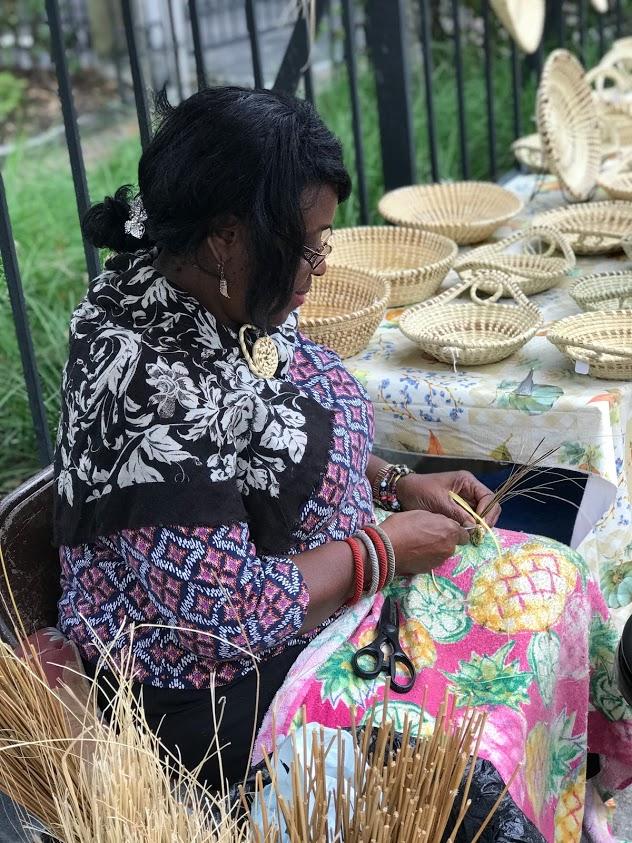 sweetgrass basket making in Charleston, South Carolina