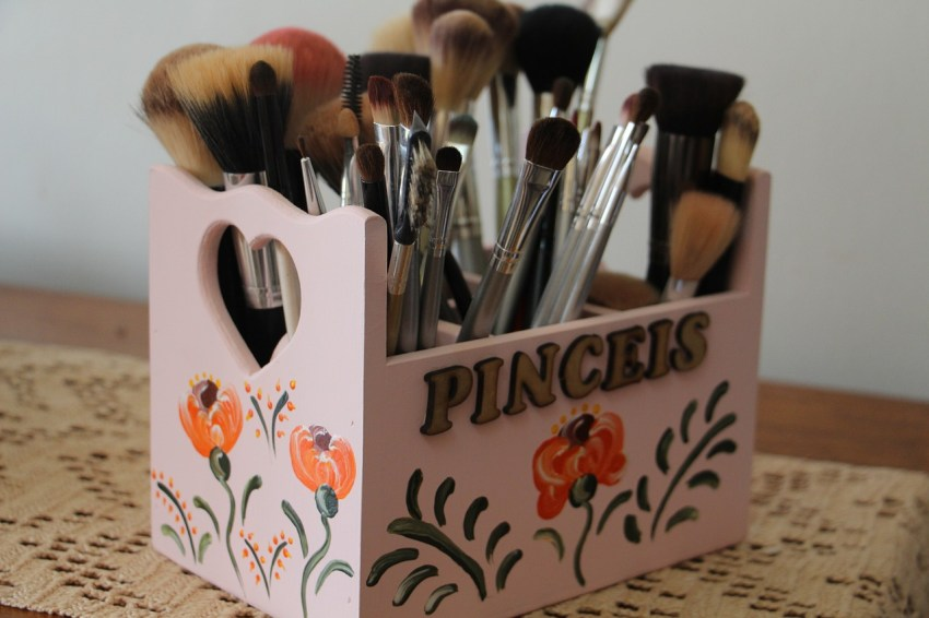 Care for Makeup Brushes