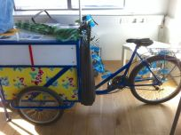 The replica print bike. This bike is a travelling print studio.
