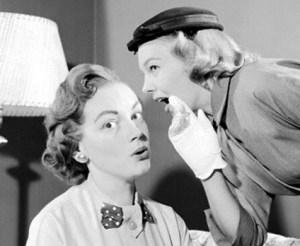 women-telling-secrets