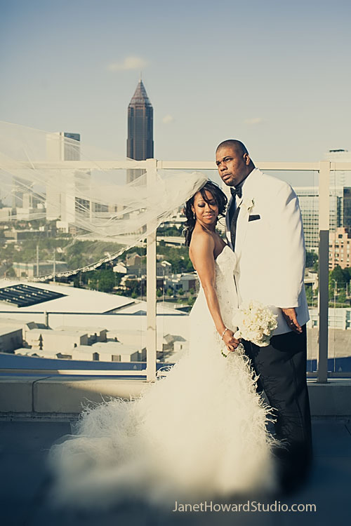 Ventanas Atlanta rooftop wedding windblown veil