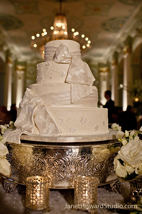 Wedding cake with dress detail