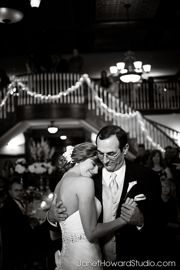 Father-daughter dance at the Carl Hose