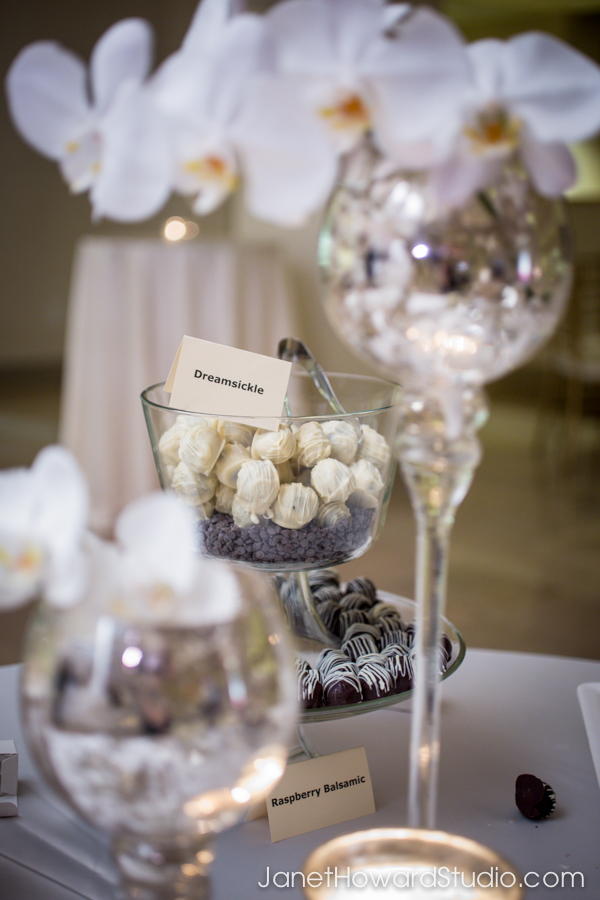 wedding florals by Edge Design Group