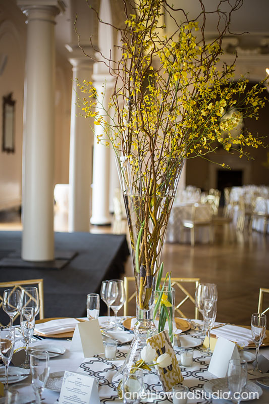 Yellow wedding florals by Bloomin' Bouquets