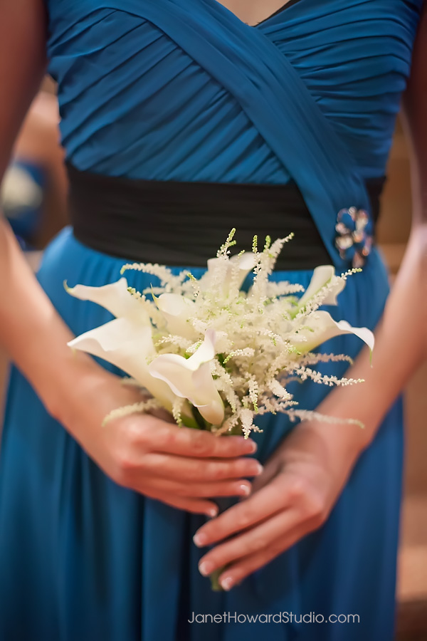 Bridesmaid bouquet by Edge Design Group