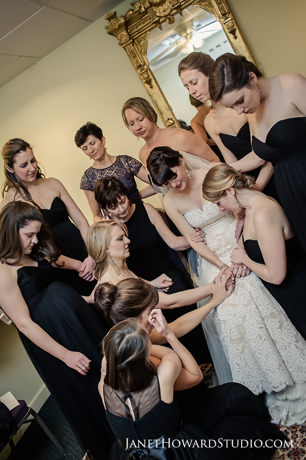 Bridesmaids prayer before the ceremony