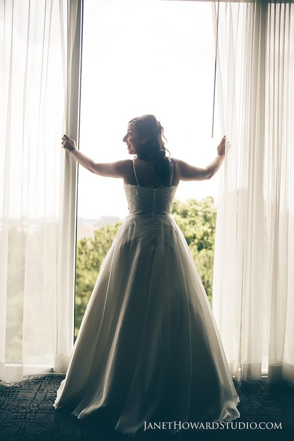 Bride at Le Meridien Hotel Atlanta