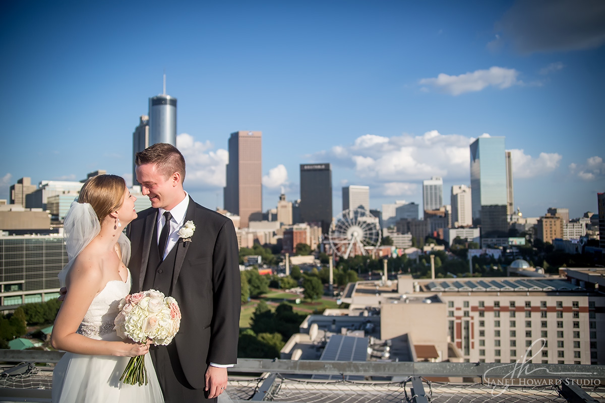 Bride and groom at Ventanas helipad