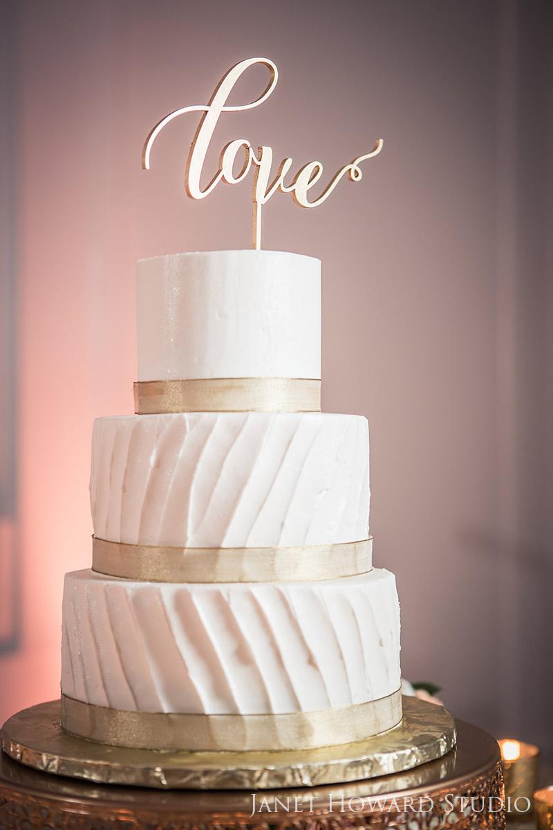 Wedding cake by Perfect Wedding Cake